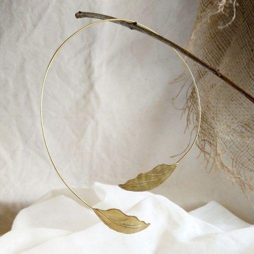 Collar hojas-rigido-joyeriacreativa-singularsisters-1