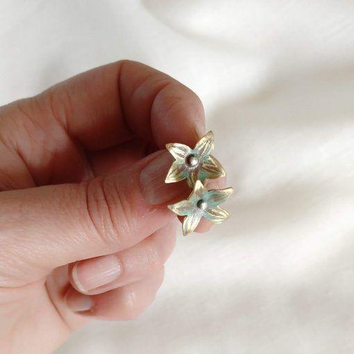 Pendientes flor-singularsisters-joyeriacreativa (1)