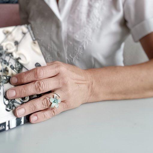 Anillo Flor- plata-joyas artesanales-singularsisters (1)