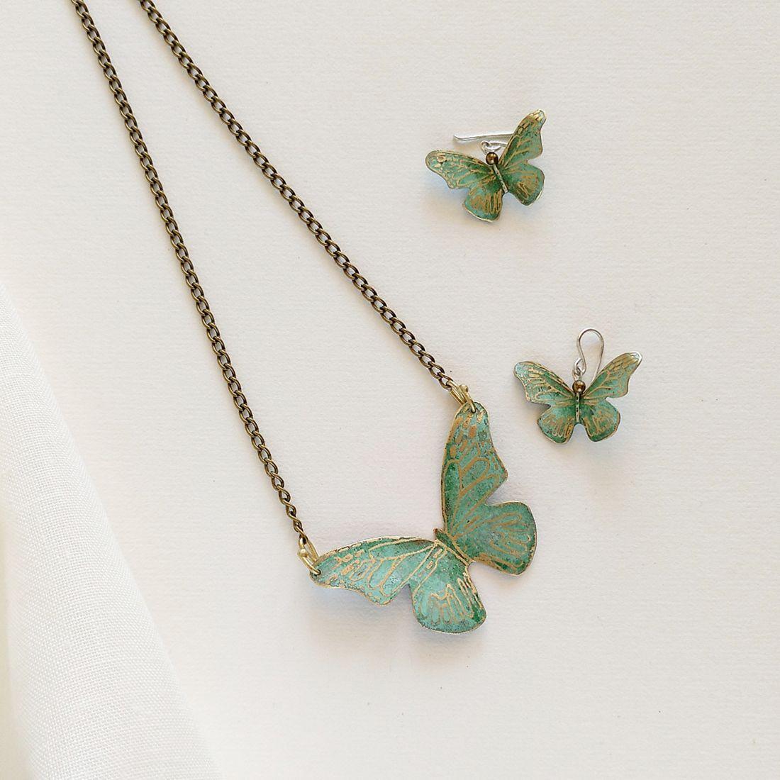 Pendientes de mariposa.joyeriacreativa